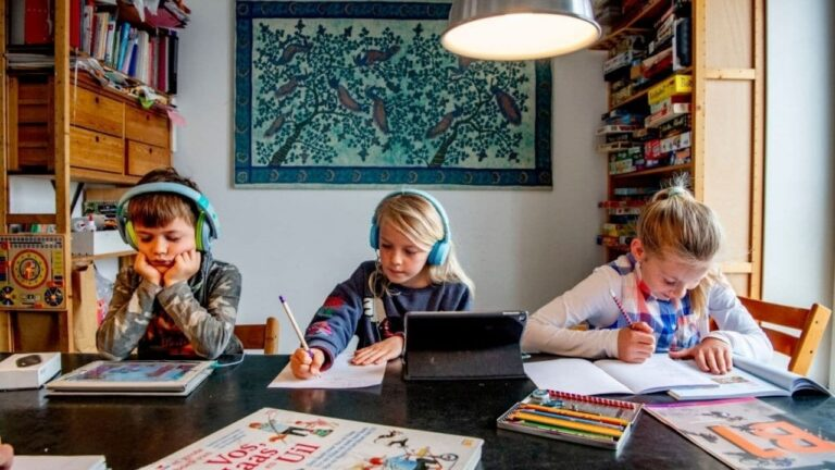 21 Best Online Classes For kids Free & Paid